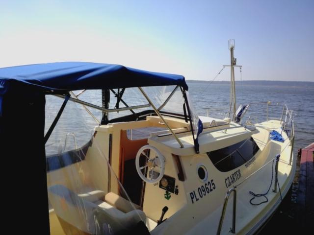 czarter houseboat giżycko