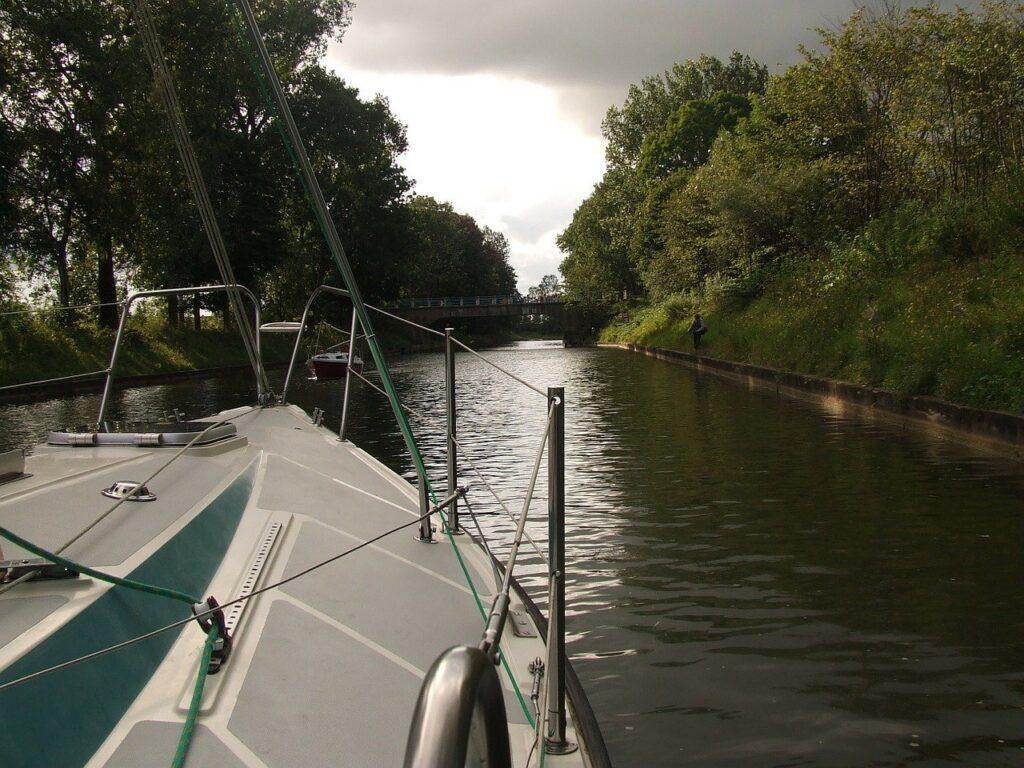 kanał łuczański mazury