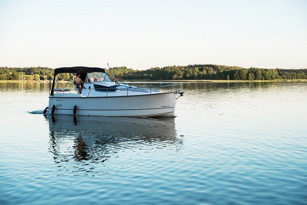 czarter jachtu motorowego mazury - nexus 850