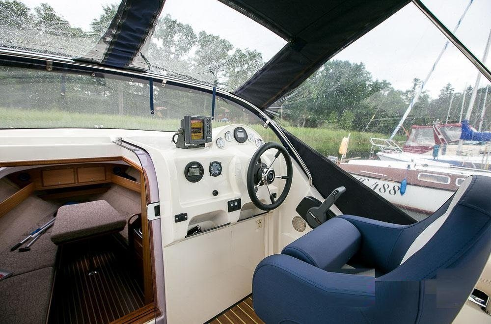 am 780 czarter jachtów motorowych
