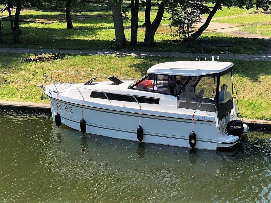 nexus 870 revo czarter houseboat mazury