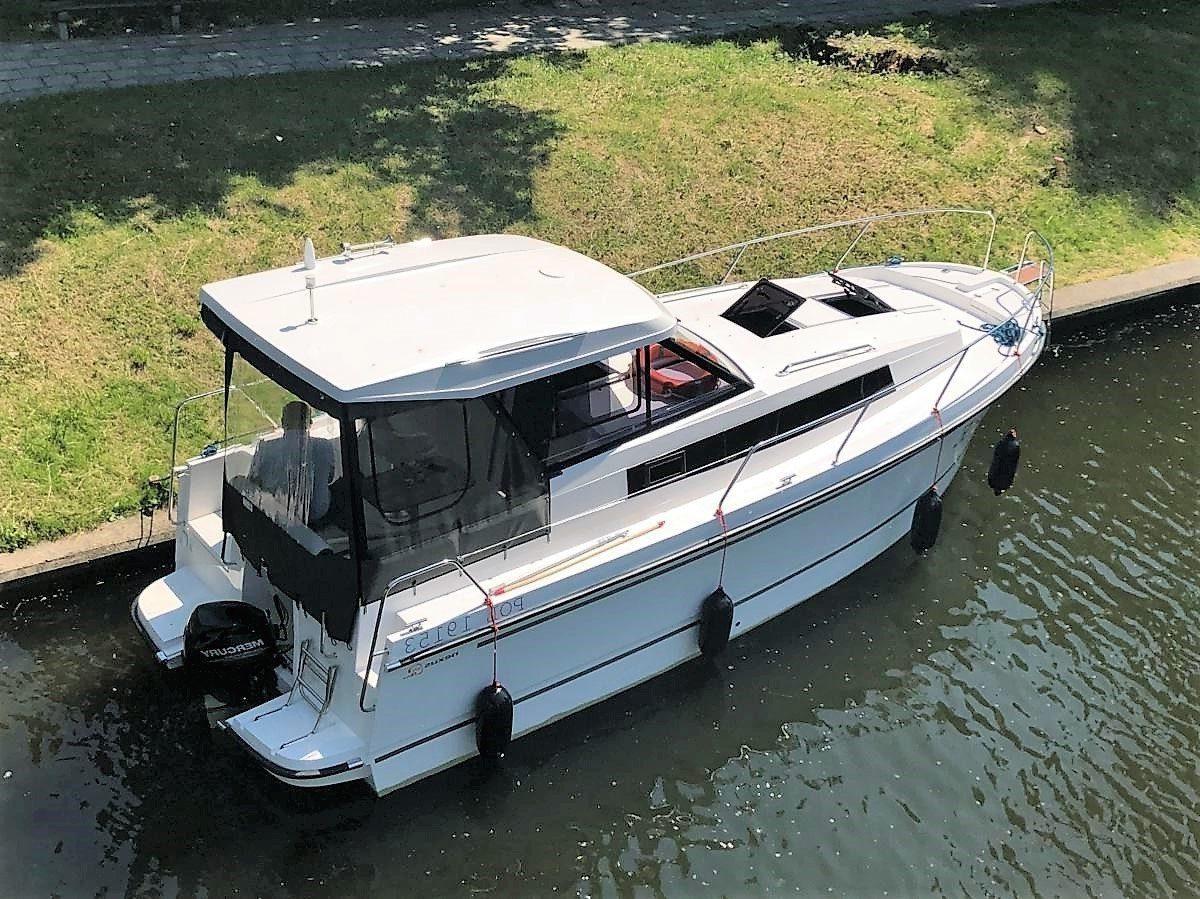 nexus 870 revo czarter jachtu motorowego