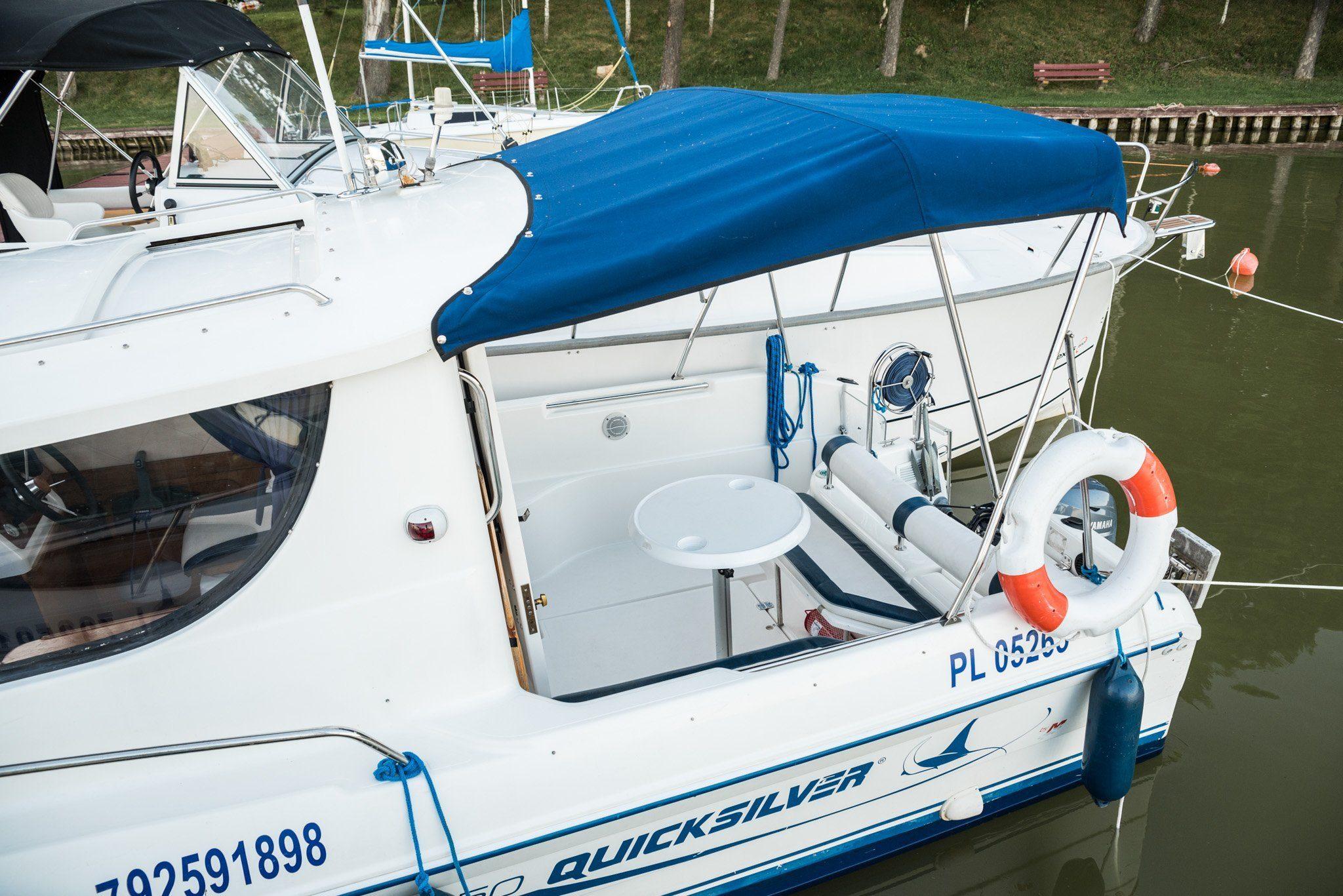 quicksilver 650 czarter jachtów motorowych mazury