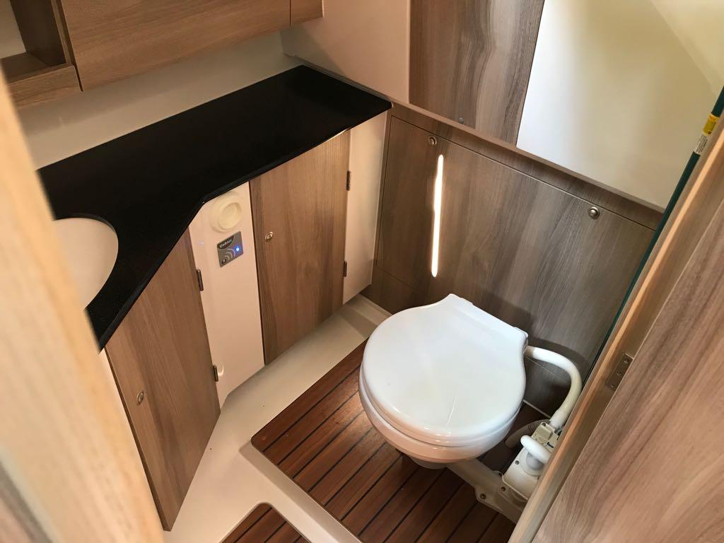 wc morskie nexus 870 revo mazury